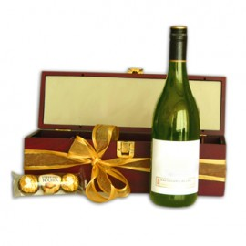 White Wine Indulgence Gift Box