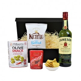 Snacks and Whisky Gift