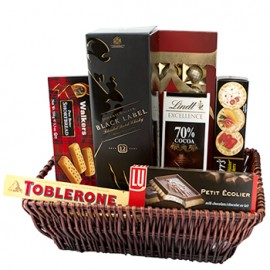 Castle Walk Gift Basket