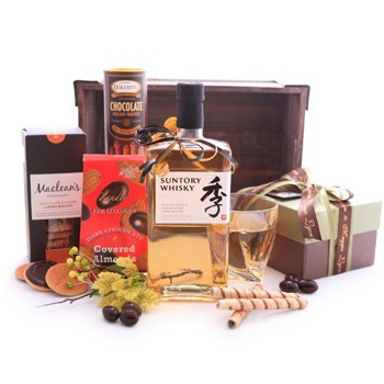 Sweet Japanese Whisky Basket